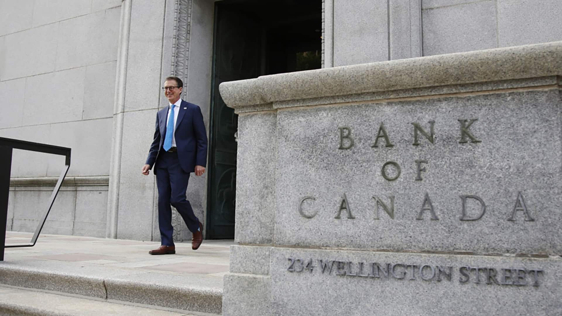 Bank of Canada says it Is Very Likely to Maintain interest rate Around zero until 2023 thumbnail